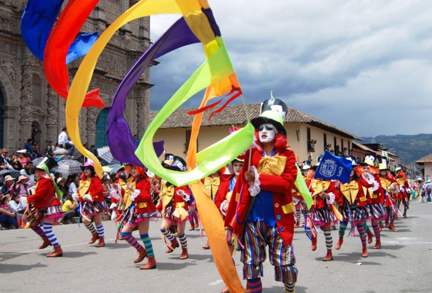 Carnaval de cajamarca 2020 - calles